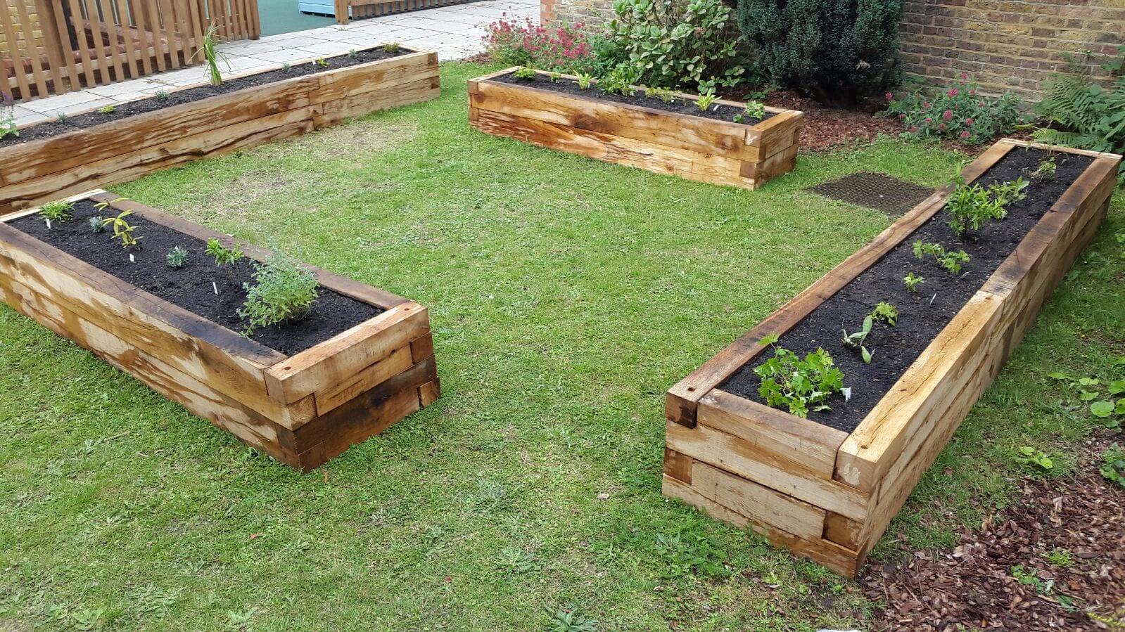 Garden Planters Ashwell Timber